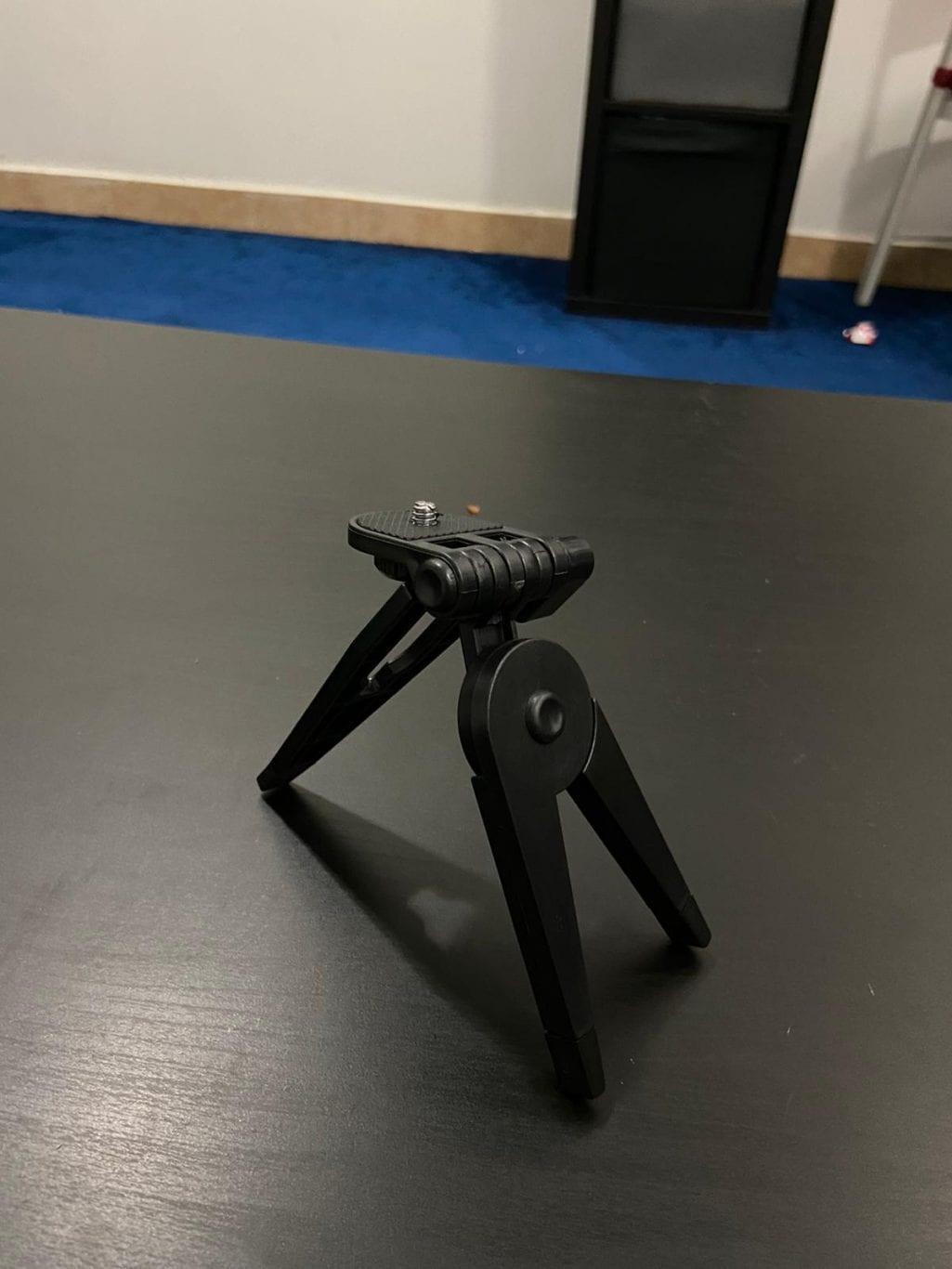 Go pro (mini tripod stand)