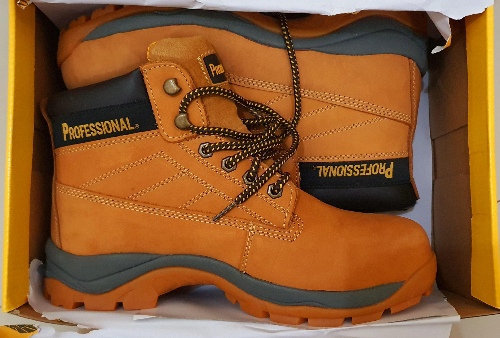 Brand new safety shoes / professional brand