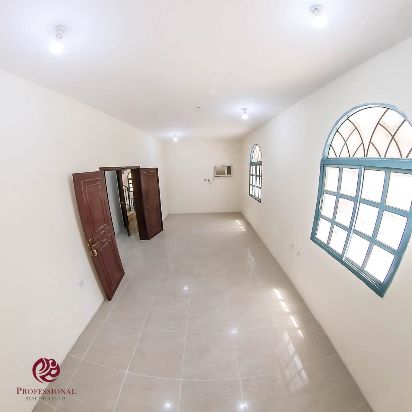 Unfurnished, 3 BHK Apartment in Old Airport