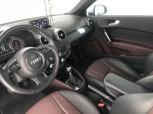 Audi A1 S-Tronic  2013