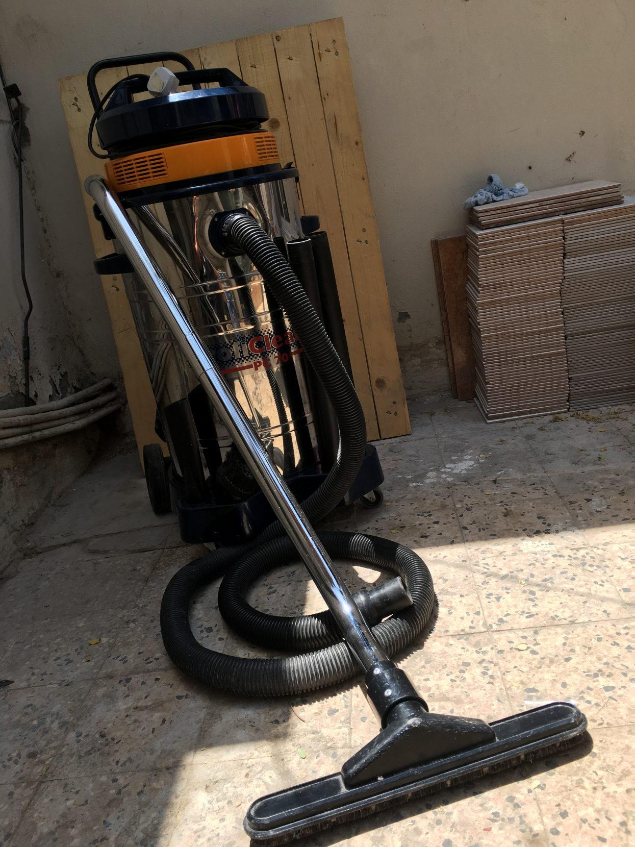 Heavy duty Vacuum Cleaner 70l