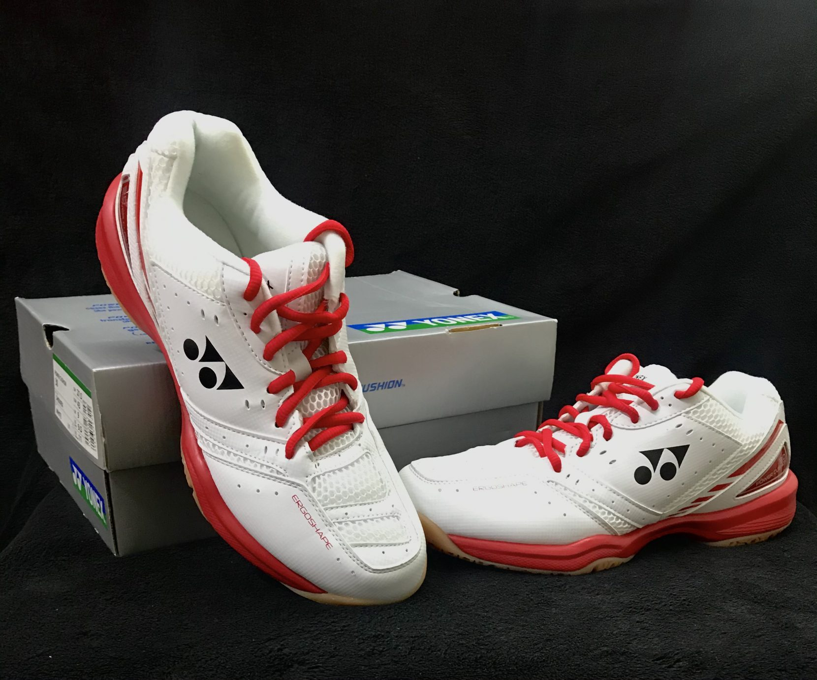 Yonex non marking shoes