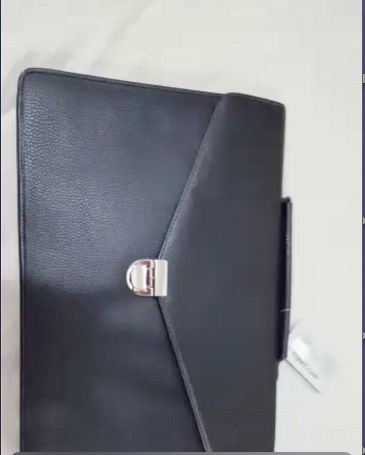 Luxurious Cerruti Leather bag and folder