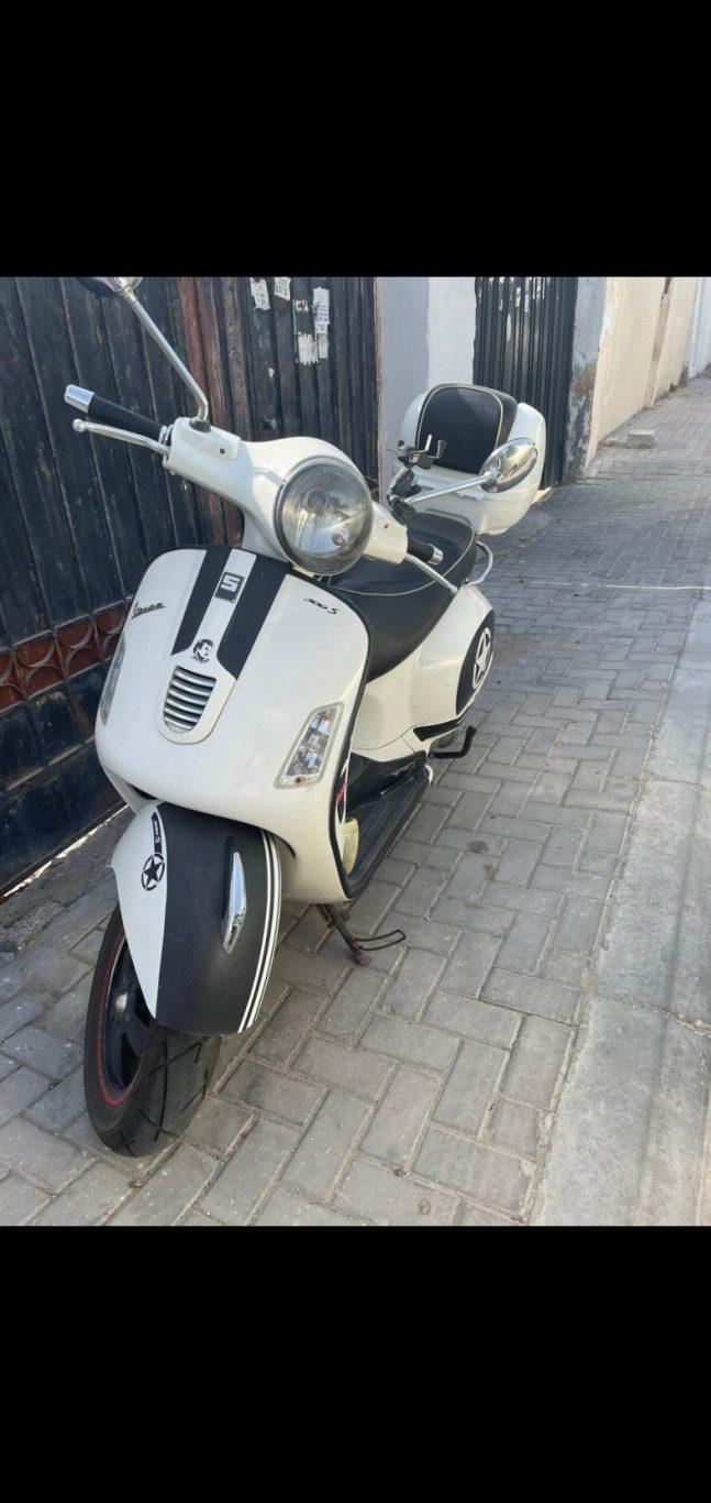 Vespa 300cc