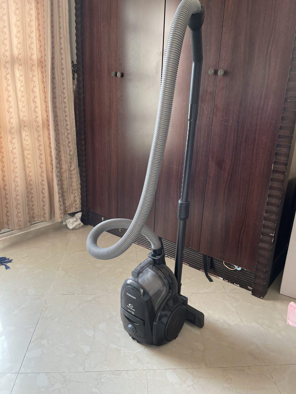 Vacuum Cleaner- Faulty-