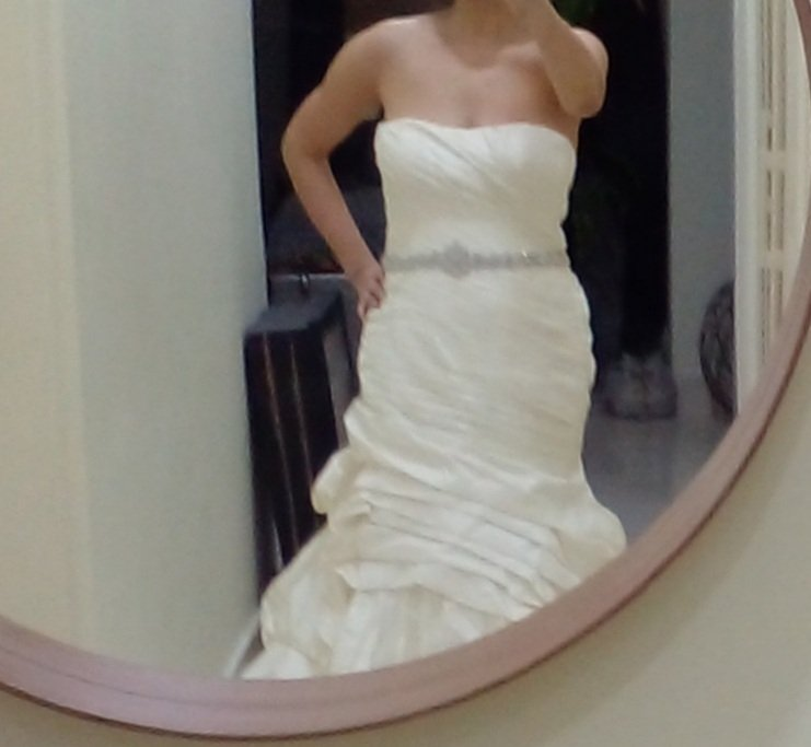 Alfred Agelo Wedding dress