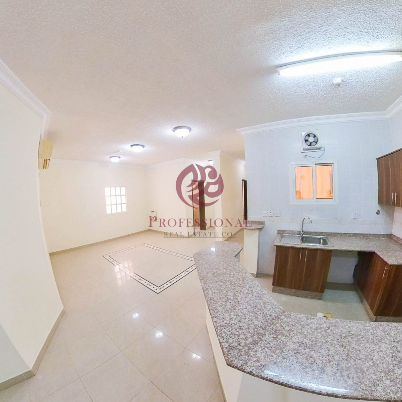 Unfurnished, 2 BHK Apartment in Muntazah