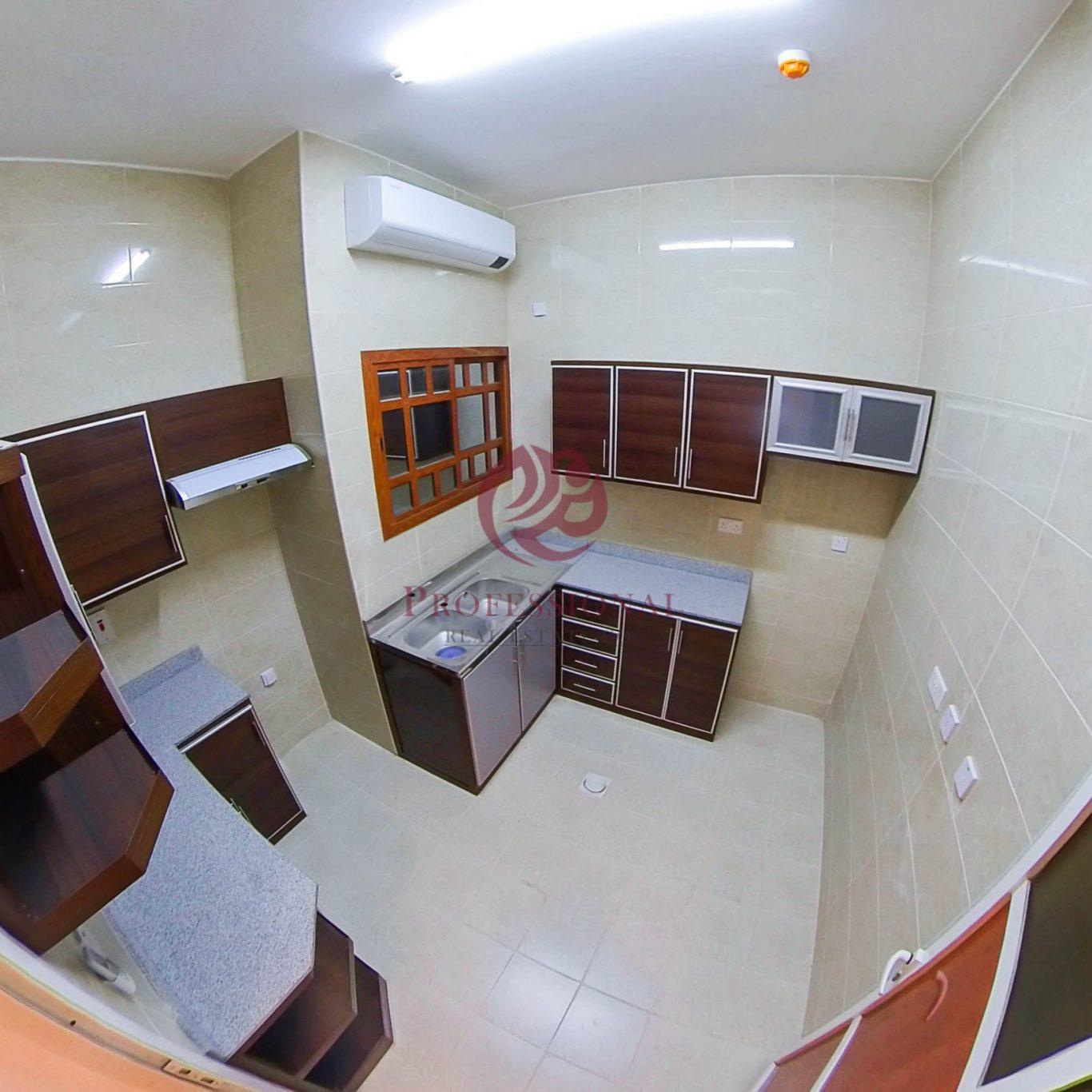 Unfurnished, 3 BHK Apartment in Madinat Khalifa