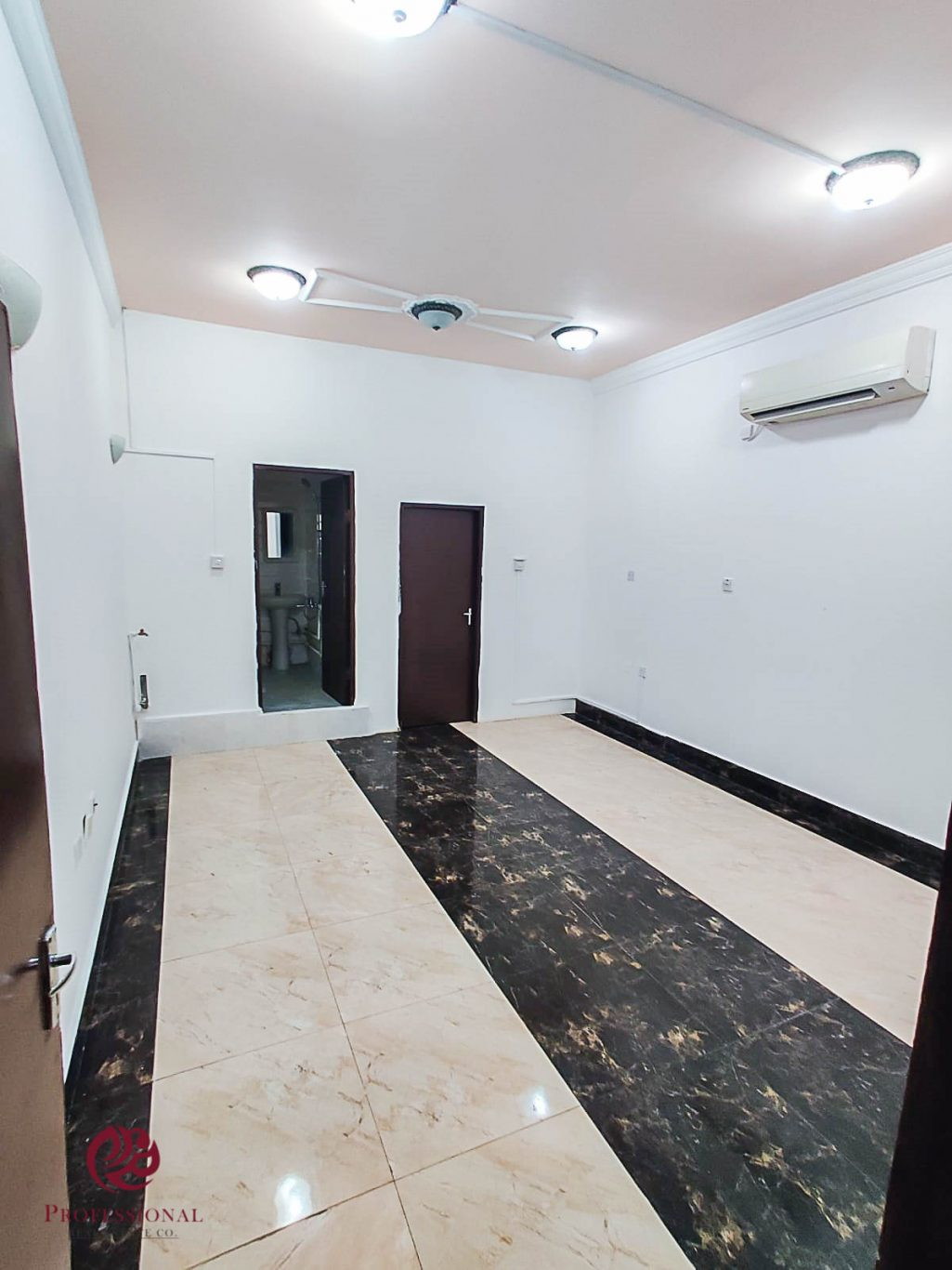Unfurnished, 1 BHK Apartment in Thumama