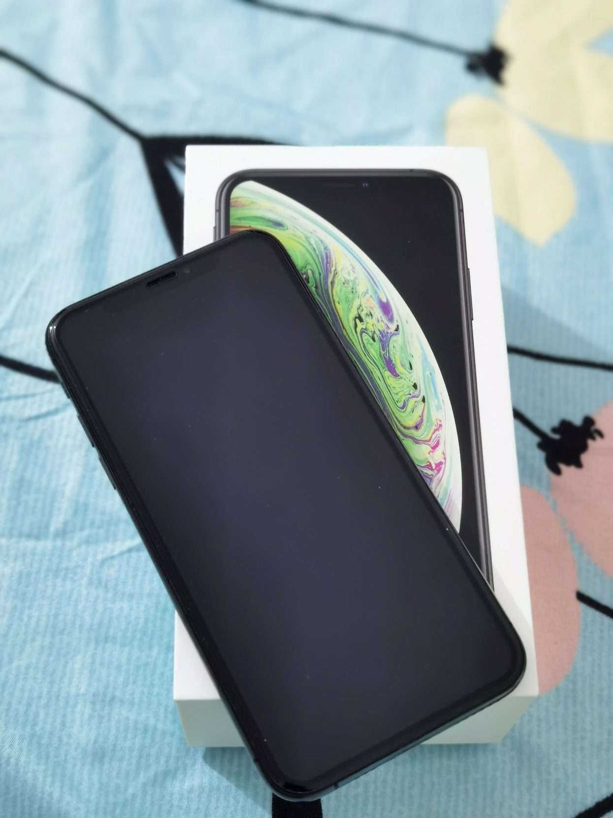 Iphone XS 64gb – black