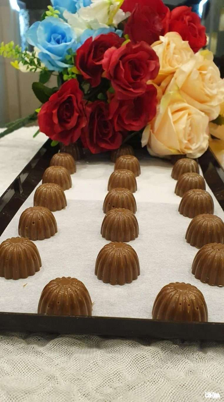 Caramel Toffee – Brown Chocolate