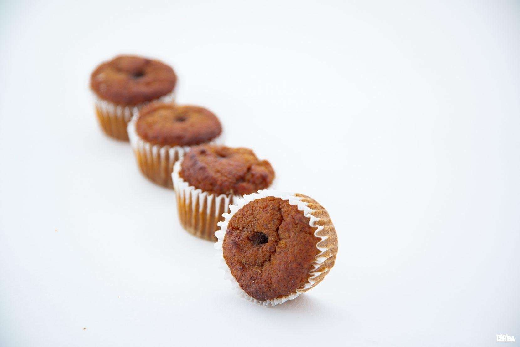 HEALTHY DATES CAKES